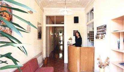 Residencial Saldanha - Search for free rooms and guaranteed low rates in Lisbon 5 photos